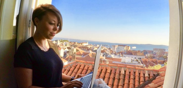 "Do You ""Fit In"" to the Digital Nomad Community?"